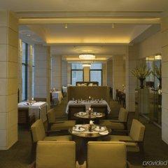 Отель The Lodhi интерьер отеля фото 2