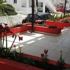 Апартаменты MilouNapa Tourist Apartments бассейн