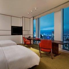Отель Andaz Tokyo Toranomon Hills - a concept by Hyatt Япония, Токио - 1 отзыв об отеле, цены и фото номеров - забронировать отель Andaz Tokyo Toranomon Hills - a concept by Hyatt онлайн комната для гостей фото 5