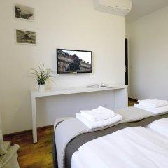 Апартаменты IRS ROYAL APARTMENTS - IRS Aviator комната для гостей фото 4