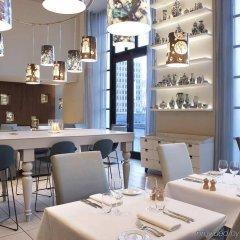 Отель Indigo Brussels - City Бельгия, Брюссель - отзывы, цены и фото номеров - забронировать отель Indigo Brussels - City онлайн гостиничный бар