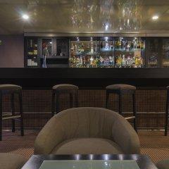 Отель HF Tuela Porto гостиничный бар