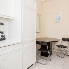 Апартаменты Lovely 2 Bedroom Apartment Near Hyde Park Лондон в номере