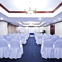 Отель Berjaya Makati Hotel Филиппины, Макати - отзывы, цены и фото номеров - забронировать отель Berjaya Makati Hotel онлайн помещение для мероприятий