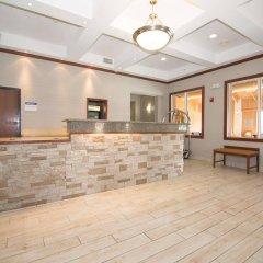 Отель Best Western Port Columbus США, Колумбус - отзывы, цены и фото номеров - забронировать отель Best Western Port Columbus онлайн интерьер отеля