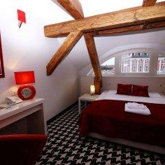 Отель Kolegiacki Польша, Познань - отзывы, цены и фото номеров - забронировать отель Kolegiacki онлайн сейф в номере