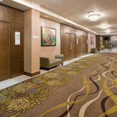 Отель Holiday Inn Vancouver Centre Канада, Ванкувер - отзывы, цены и фото номеров - забронировать отель Holiday Inn Vancouver Centre онлайн интерьер отеля фото 3