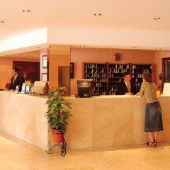 Отель Hi! Gardenia Park Hotel Испания, Фуэнхирола - отзывы, цены и фото номеров - забронировать отель Hi! Gardenia Park Hotel онлайн интерьер отеля