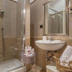 Отель I Tre Moschettieri Рим ванная фото 2
