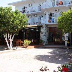 Hotel Nika Horizonti парковка