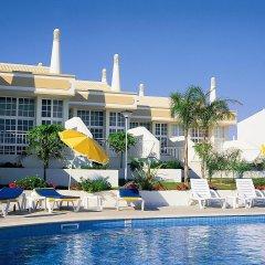 Отель Ponta Grande Sao Rafael Resort Португалия, Албуфейра - отзывы, цены и фото номеров - забронировать отель Ponta Grande Sao Rafael Resort онлайн бассейн