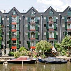 Отель Ibis Amsterdam City Stopera Нидерланды, Амстердам - отзывы, цены и фото номеров - забронировать отель Ibis Amsterdam City Stopera онлайн приотельная территория фото 2