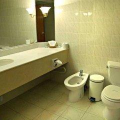 Гостиница Ладога в Санкт-Петербурге 5 отзывов об отеле, цены и фото номеров - забронировать гостиницу Ладога онлайн Санкт-Петербург ванная фото 2