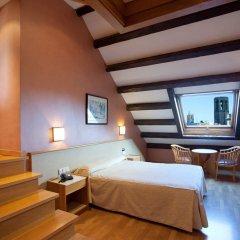 Отель Sant Agusti Барселона комната для гостей