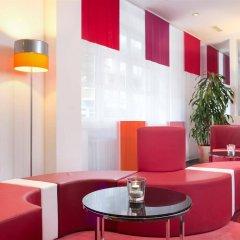 Отель Wyndham Garden Düsseldorf City Centre Königsallee интерьер отеля фото 2