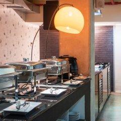 Отель Tryp Madrid Airport Suites питание фото 3