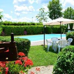 Отель Le Volpaie Италия, Сан-Джиминьяно - отзывы, цены и фото номеров - забронировать отель Le Volpaie онлайн бассейн фото 3