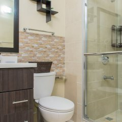 Отель Brompton 50 by Pro Homes Jamaica ванная