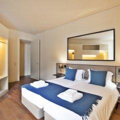 Апартаменты Lisbon Five Stars Apartments 8 Building сейф в номере
