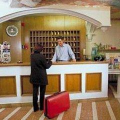 Hotel Der Tannenbaum гостиничный бар