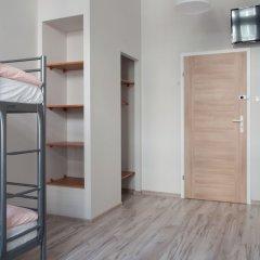 Cinnamon Hostel сейф в номере