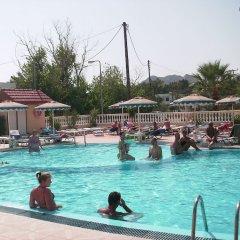 Fantasy Hotel - All Inclusive бассейн фото 2