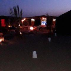 Отель Bivouac Le Ciel Bleu Марокко, Мерзуга - отзывы, цены и фото номеров - забронировать отель Bivouac Le Ciel Bleu онлайн спортивное сооружение