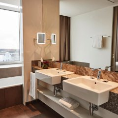 Steigenberger Hotel Muenchen Мюнхен ванная фото 2