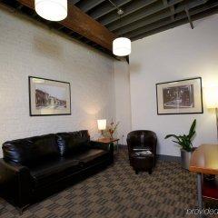 Отель Columbus Downtown - The Lofts комната для гостей