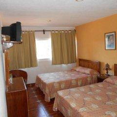 Hotel Suites Ixtapa Plaza сейф в номере