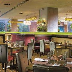 Отель Shangri-La Hotel Kuala Lumpur Малайзия, Куала-Лумпур - 1 отзыв об отеле, цены и фото номеров - забронировать отель Shangri-La Hotel Kuala Lumpur онлайн питание фото 2
