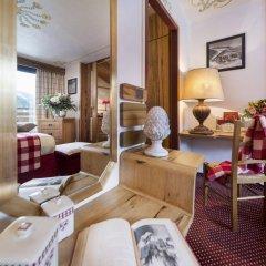Hotel Alpen Ruitor интерьер отеля