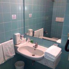 Отель St Gregory Park ванная фото 2