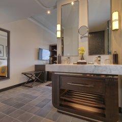 Отель Azerai La Residence, Hue ванная