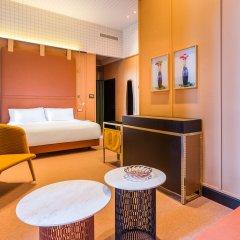 Отель Room Mate Giulia комната для гостей фото 5