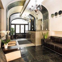 Отель Carat Boutique Hotel Венгрия, Будапешт - 6 отзывов об отеле, цены и фото номеров - забронировать отель Carat Boutique Hotel онлайн интерьер отеля
