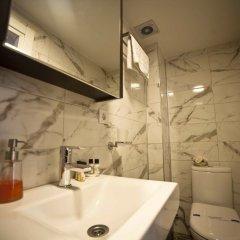 Galata Cicek Suites Hotel Турция, Стамбул - отзывы, цены и фото номеров - забронировать отель Galata Cicek Suites Hotel онлайн ванная
