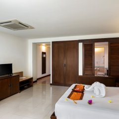 Отель Patong Paragon Resort & Spa комната для гостей фото 4
