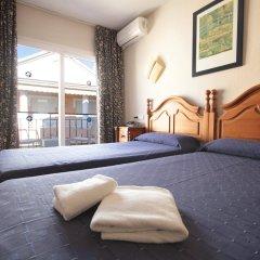 Hotel Mediterraneo Carihuela комната для гостей