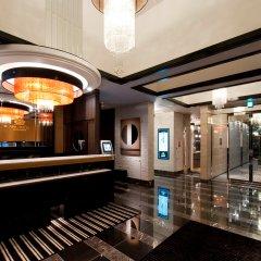 Отель APA Hotel Kodemmacho-Ekimae Япония, Токио - 2 отзыва об отеле, цены и фото номеров - забронировать отель APA Hotel Kodemmacho-Ekimae онлайн интерьер отеля