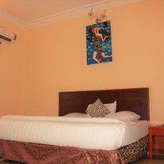 Carlcon Hotel Калабар сейф в номере