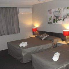 Browns Plains Hotel комната для гостей