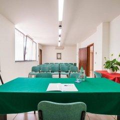 Отель Best Western Hotel La Baia Италия, Бари - отзывы, цены и фото номеров - забронировать отель Best Western Hotel La Baia онлайн помещение для мероприятий