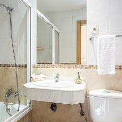 Отель Hostal INTER Puerta del Sol ванная