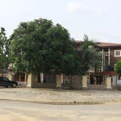 Cute Villa Hotel and Suites парковка