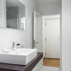 Отель The Place - Spiga Италия, Милан - отзывы, цены и фото номеров - забронировать отель The Place - Spiga онлайн ванная фото 3