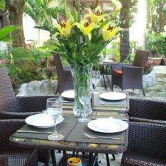 Отель Loc Phat Homestay Хойан питание