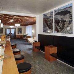 Отель JULIANE Меран гостиничный бар
