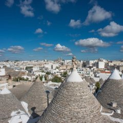 Отель Romantic Trulli Альберобелло пляж