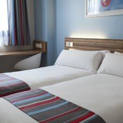 Отель Travelodge Madrid Alcalá комната для гостей фото 3
